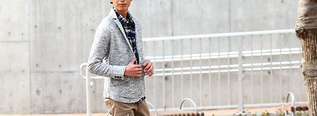 グレージャケットの春服コーデ